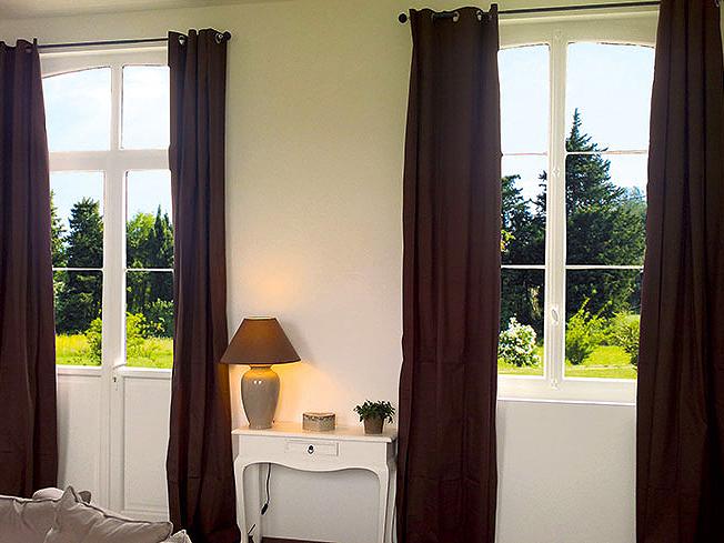 fenetre pvc bicolore fentres pvc with fenetre pvc bicolore beautiful mentor alu conoit des. Black Bedroom Furniture Sets. Home Design Ideas